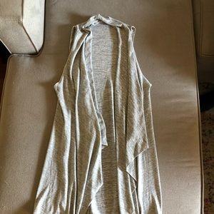 Grey shawl